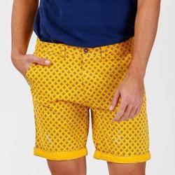 bermudas amarillas